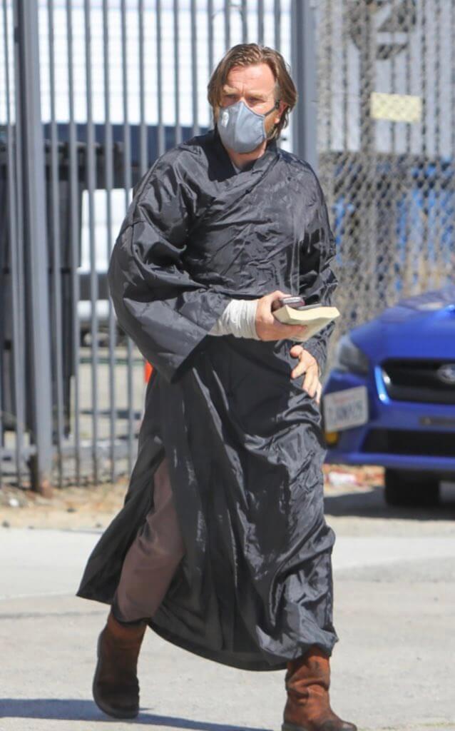 Ewan McGregor aparece vestido de Obi-Wan Kenobi